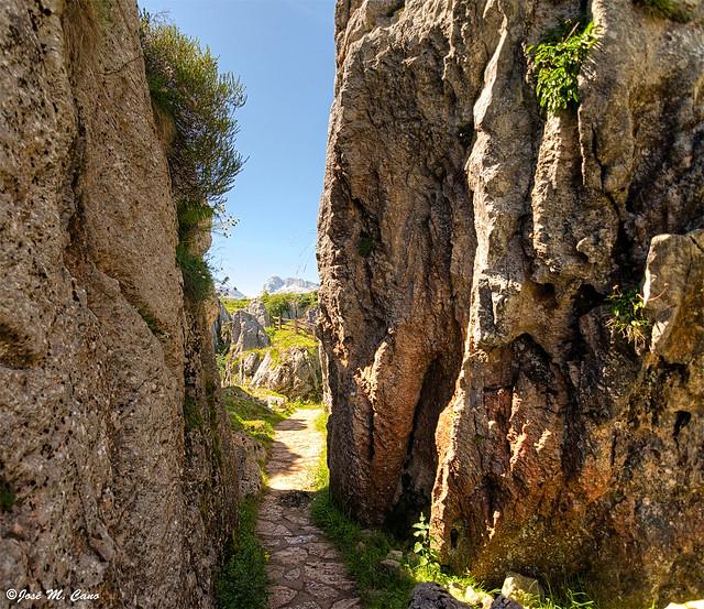 Llegando a la mina de Buferrera (Asturias)