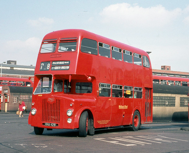 Midland Red ( BMMO ) . 4429 VHA429 . Leicester . Saturday 18th-September-1971