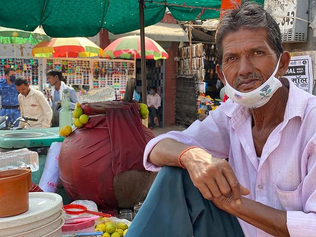 Mission Delhi - Raj Kumar, Sadar Bazar