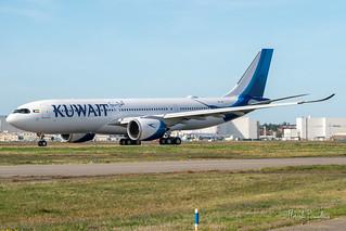 9K-APF KUWAIT AIRWAYS AIRBUS A330-841 msn 1964