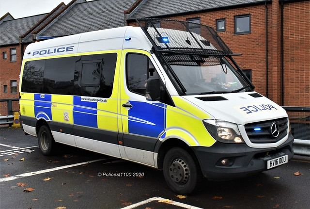 Hampshire Police MB Sprinter HV16 OOU