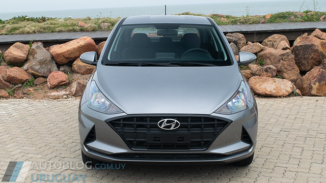 Contacto Hyundai HB20 1.0 Premium M/T
