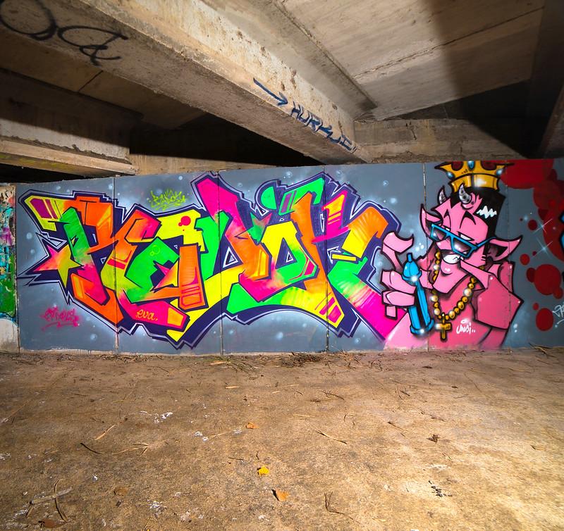 radok-Tone 2020 blacklight fluor