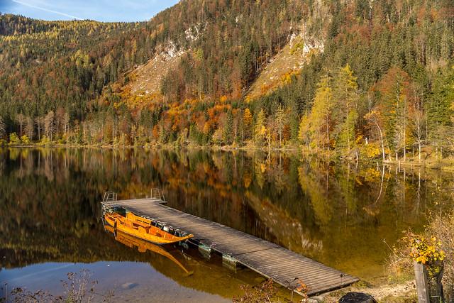 Autumn on lake Ödensee