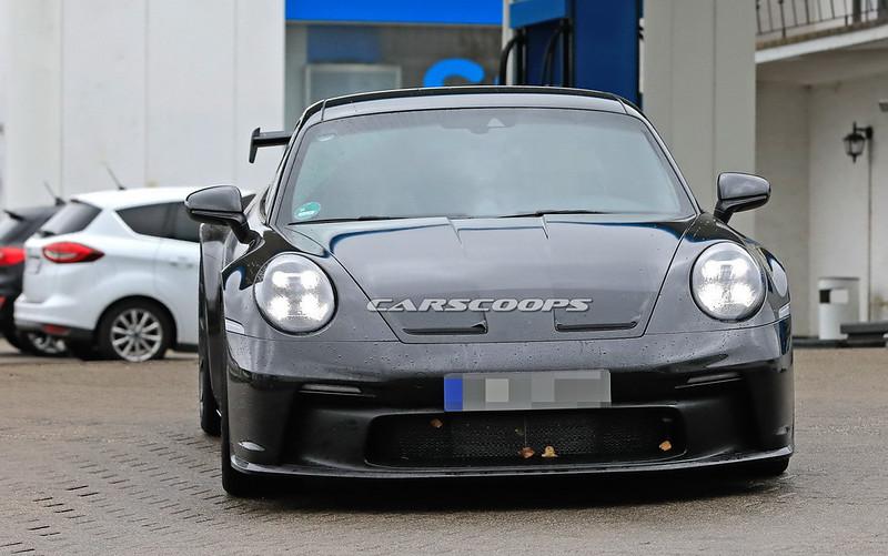 2021-Porsche-911-GT3-20