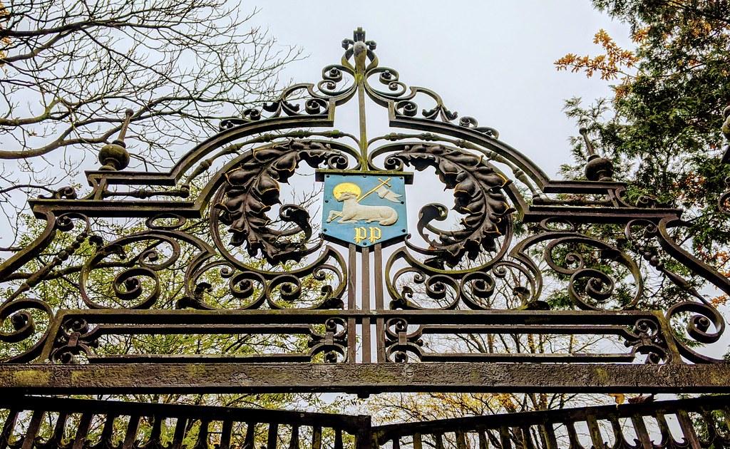 Haslam Park Gates