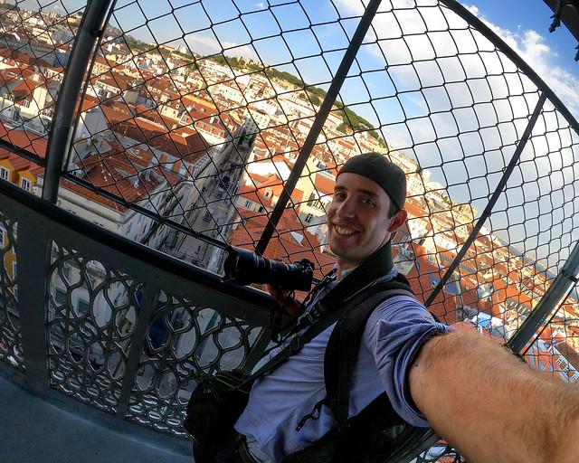 Diario de un Mentiroso en el Elevador de Santa Justa en Lisboa