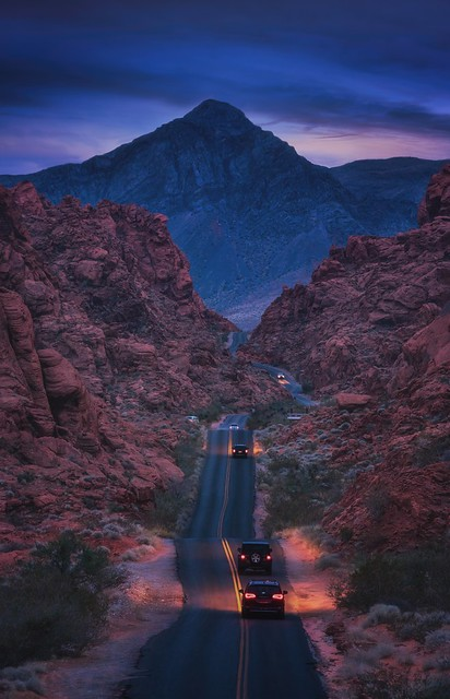 Returning home, Valley of Fire State Park