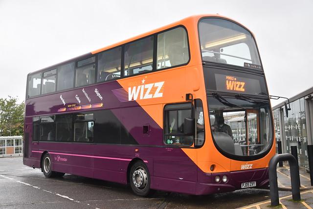 The Burnley Bus Company - 2752 - PJ05ZVY