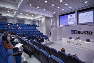 29/10/2020 - El Instituto Deusto Drogodependencias profundiza sobre las mujeres y psicofármacos