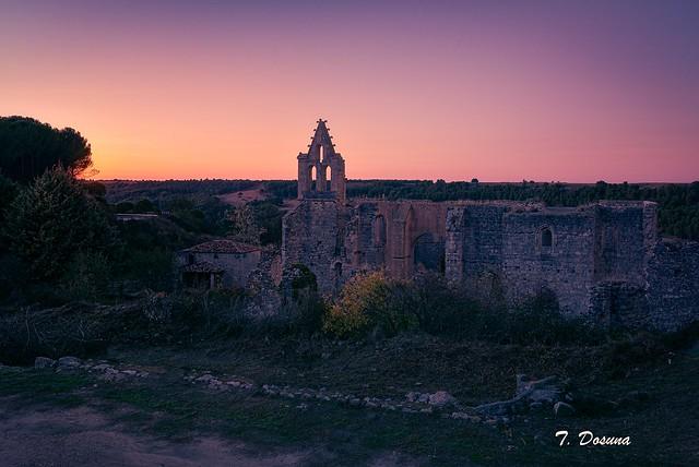 Monasterio en ruinas