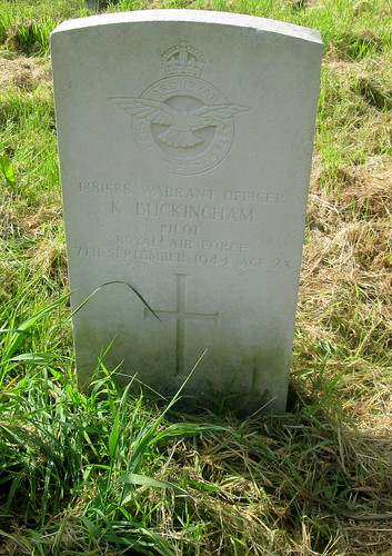 Chester, Overleigh Cemetery, War Grave