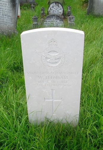 Second World War Grave, Overleigh Cemetery, Chester