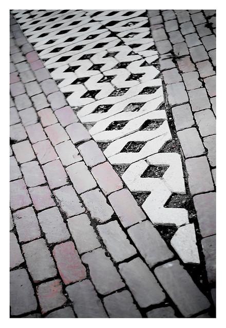 Intrusive pavement