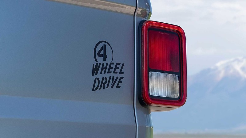 jeep-gladiator-willys-4-wheel-drive