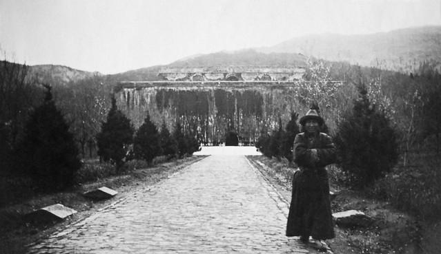 David van Gelderen, visit to Nanjing, Ming Xiaoling, 1933