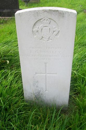 War Grave, Overleigh Cemetery, Chester