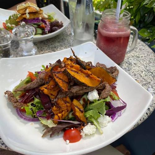 roast beef and pumpkin salad