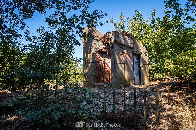 Un posible pozo abandonado junto al Camí Vell de Montblanc