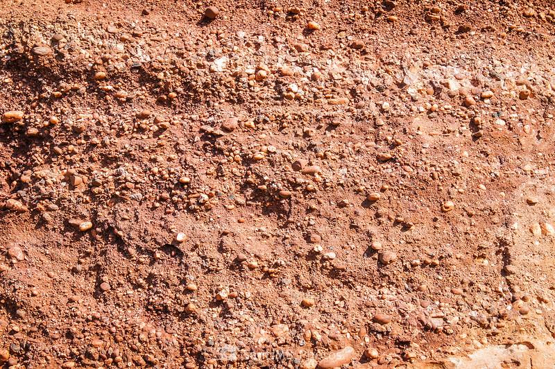 Detalle de la roca debajo de la ermita de l'Abellera