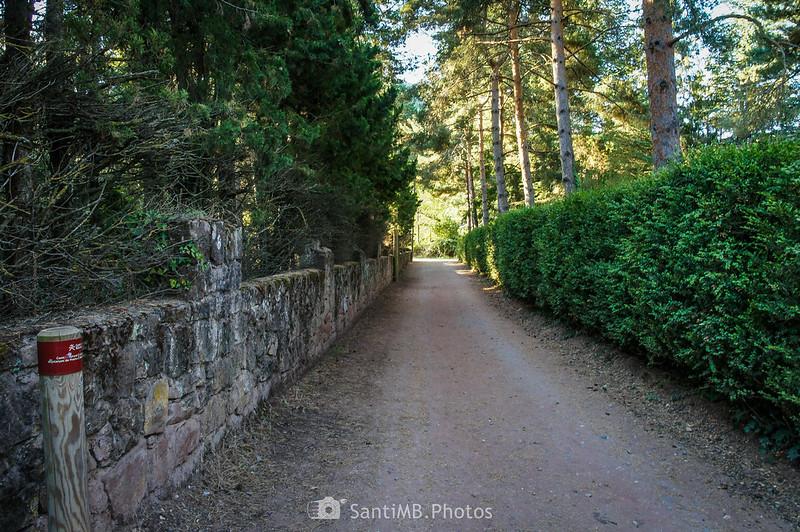 Camí Natural Muntanyes de Prades detrás de la ermita de Sant Antoni