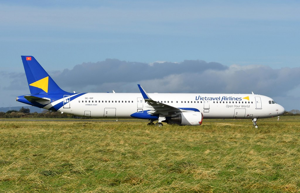 OE-IDP A321 Vietravel A/L