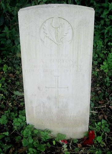 War Grave of Boy, Overleigh Cemetery, Chester