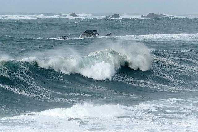 Bretagne, forte houle d'ouest