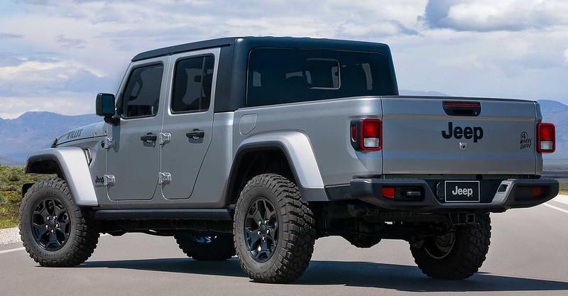 jeep-gladiator-willys-rear