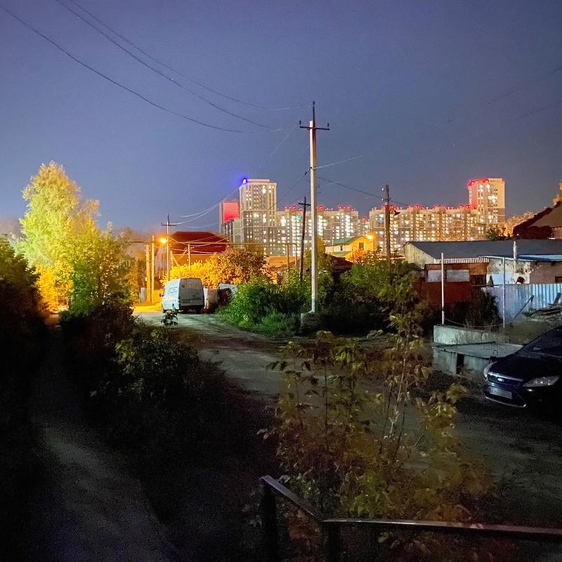 Октябрь на Печерской