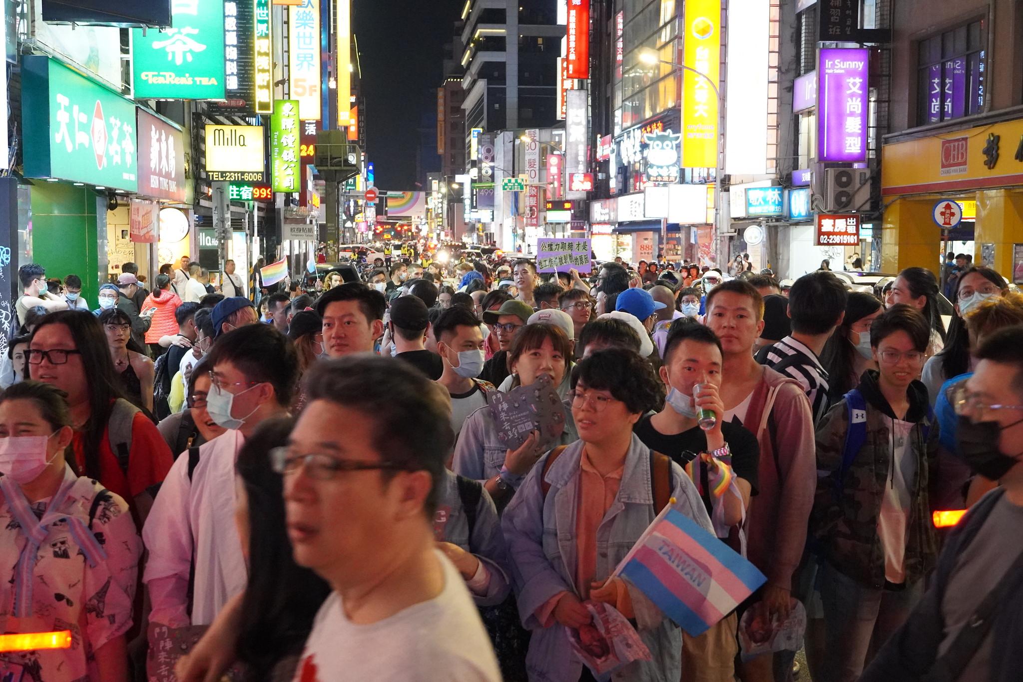 跨性別遊行在熱鬧的西門町舉行。(攝影:張智琦)