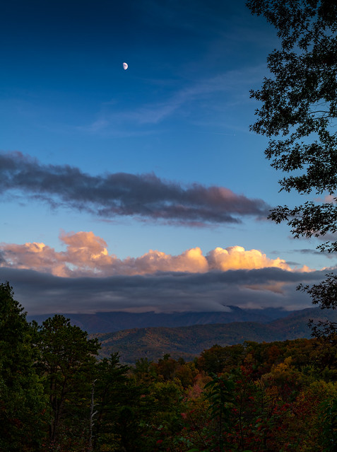 An Evening In The Great Smoky Mountains - Tennessee - October 2020