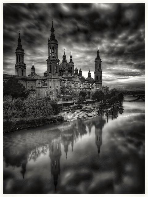 Basílica Santa Maria del Pilar/ Zaragoza
