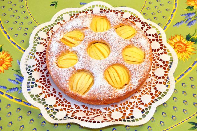 Oktober 2020 ... Versunkener (verschlupfter) schwäbischer Apfelkuchen ... Brigitte Stolle
