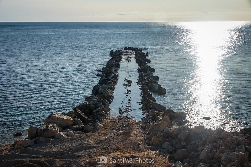 Espigón de la playa del Morro de Gos en el Perelló