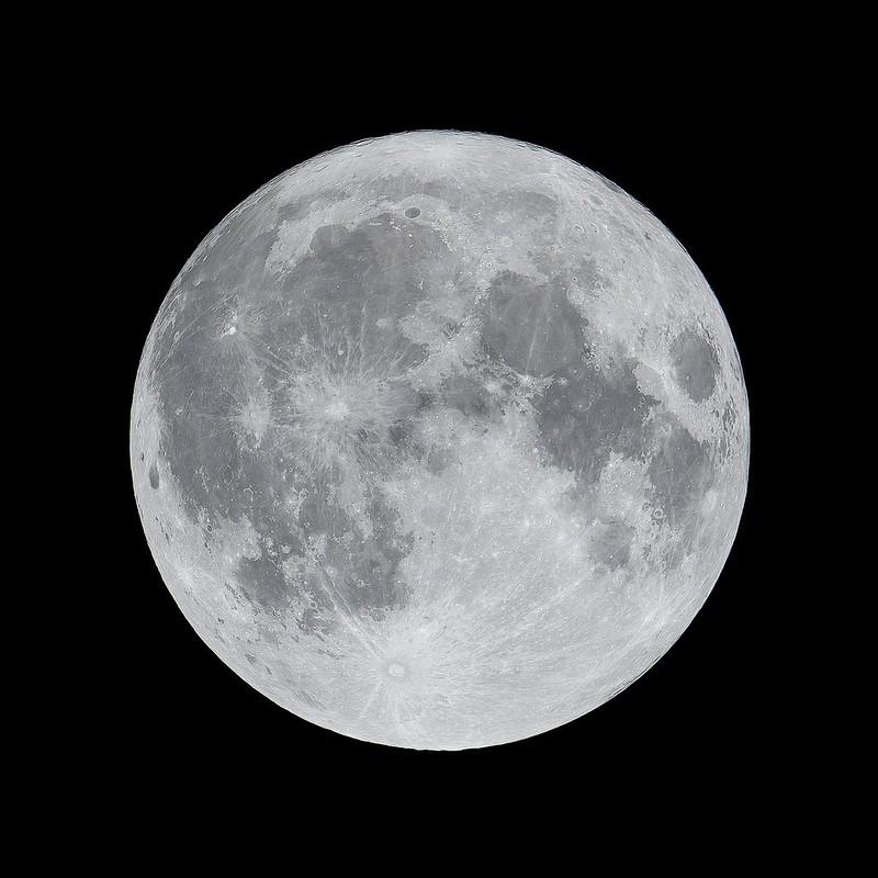 最遠の満月 (2020/10/31 23:49)