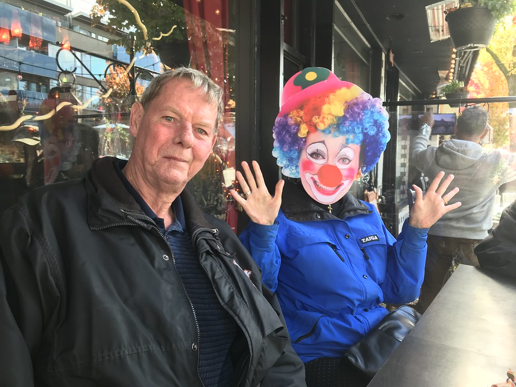 A couple of clowns