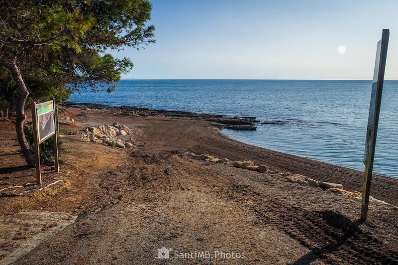 Acceso a la playa de Santa Llúcia en El Perelló