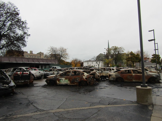 Car Source dealership - a lot of burnt cars are still there