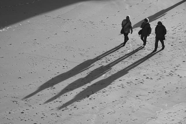 Tres largas sombras