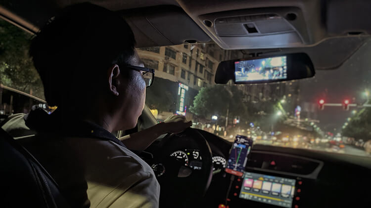 dash camera for road trip car