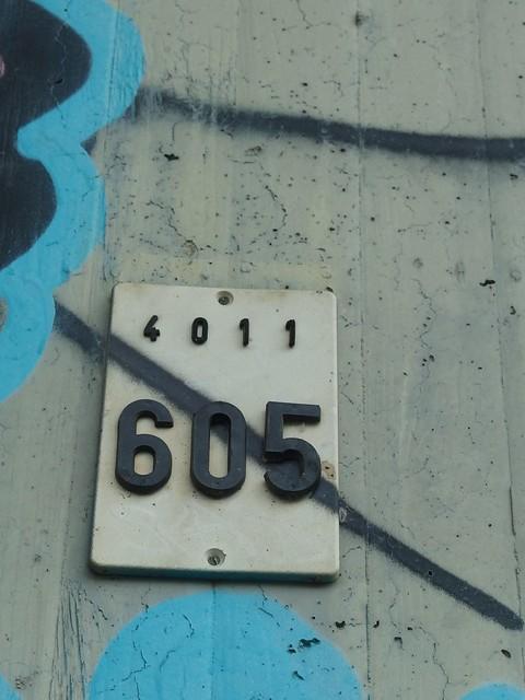 4011 \ 605