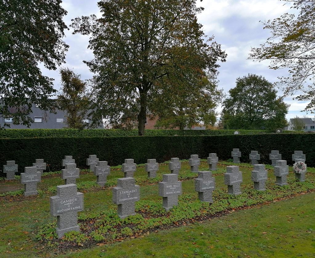 Tumbas de civiles de la Primera y Segunda Guerra Mundial