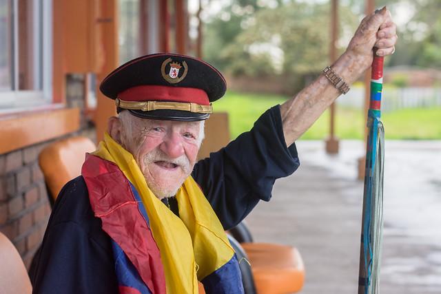 De visita, charla y fotos con Don Aníbal.