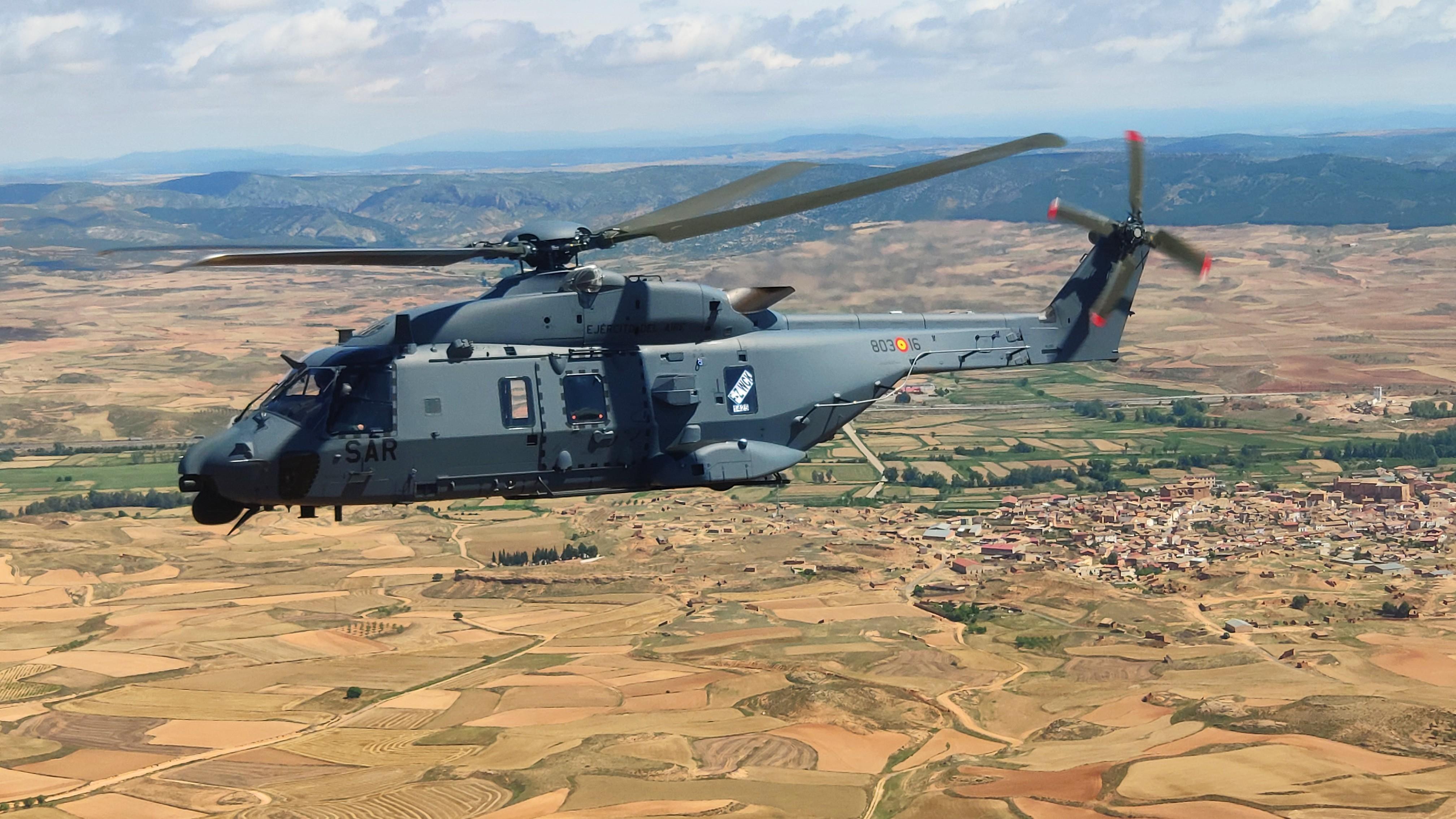 NH-90 Lobo en vuelo