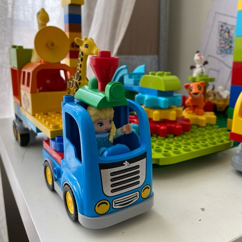 We built Elsa a Mad Max style truck from Duplo to drive through or Duplo city. I wouldn't argue with her in that thing! 🔥🔥 Follow me on YouTube 🔥🔥 https://youtube.com/gjbricks #lego #gjbricks #legocity #legomania #afol #legomodel #lego | by GJBricks