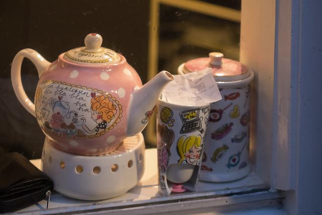 Humorous Teapot Set
