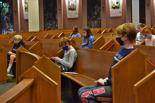 Teens Pray the Rosary