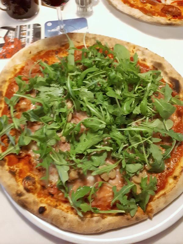 Tagesabschluss mit Pizza