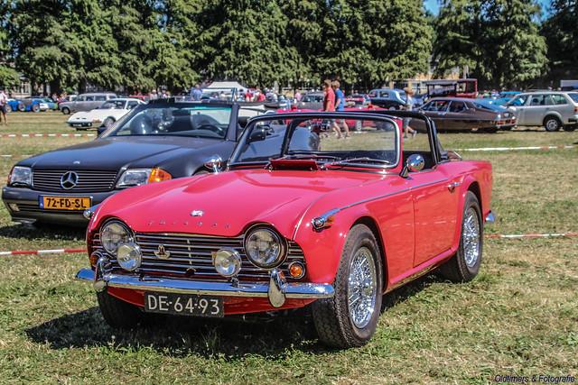 1966 Triumph TR4A - DE-64-93